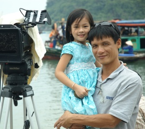 5618cp-anh-dung-va-be-my-trong-film